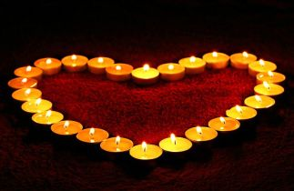 candles-1645551__480
